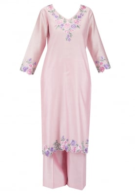 Pink Kurta set with contrast dupatta