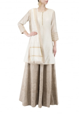 Off-White Kurta & Lehenga Set