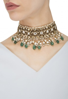 Gold Plated Kundan and White Beads Choker Necklace