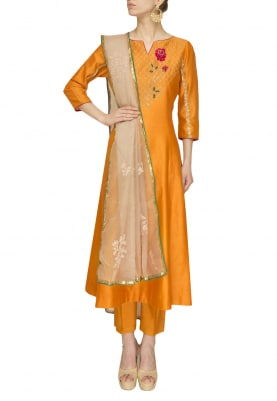 Apricot Peach Rose Embroidered Kurta, Pants and Gold Embroidered Organza Dupatta