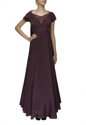 Wine art embroidered back drape gown
