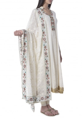 Ivory Hand Embroidered Lucknowi Kurta with Border Embroidered Dupatta